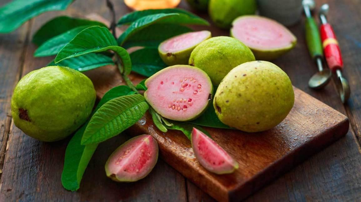 guava benefits in hinidi